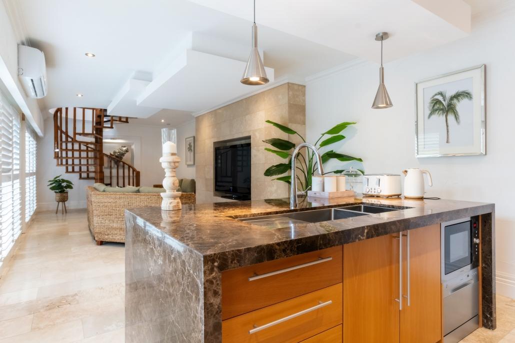Potters suite kitchen